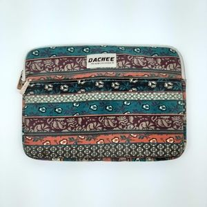 DACHEE Padded Zippered Laptop Case Floral Pattern